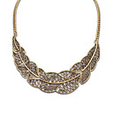 European and America Vintage (Leaf Shape) Cutout Leaf Plated Alloy Statement Necklace (Siver and Bronze) (1 pc)