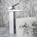 Modern Single Handle Waterfall Kylpyhuone sink hana (Chrome Finish)