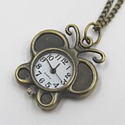絶妙な蝶の形の懐中時計セーターのネックレス