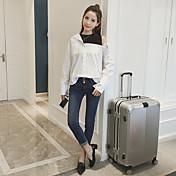 2017年春に新しい韓国の女性は緩いフェイクツーピースのシャツセクシーなストラップレスの長袖ハイネックシャツを気質