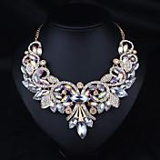 Dámské Prohlášení Náhrdelníky Šperky Štras Slitina Základní design Duhová Hnědá Šperky Pro Svatební Párty Zásnuby Denní Ležérní 1ks
