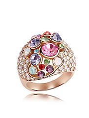 překrásná 18k zlacený crystal módní kroužek (více barev)