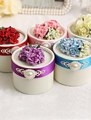 花とパールが付いている円形の好意ボックス - 12個セット(色以上)