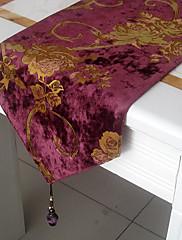 ヨーロピアンスタイルのglimmarベロアカットテーブルランナー