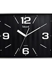 """13 """"X16""""スタイル正方形の金属製のストライプの背景スーパーミュート壁時計™telesonic"""