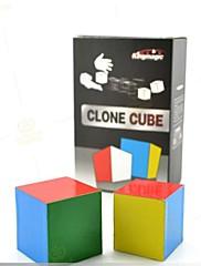 魔法のおもちゃ - 単数形のキューブ
