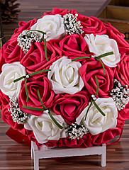Beau bouquet de roses blanches et roses foncé