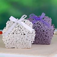 Schmetterling u. Blume Lasergeschnittener zugunsten Box (Satz von 12)
