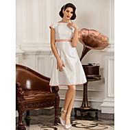 A-line/Princess Plus Sizes Wedding Dress - Ivory Short/Mini Scoop Taffeta