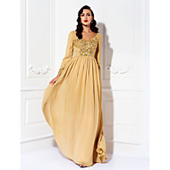 Lanting Bride® A-line Plus Size / Petite Mother of the Bride Dress Floor-length Long Sleeve Chiffon withBeading / Crystal Detailing /