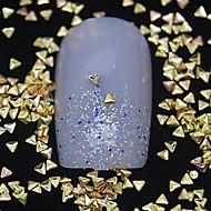 100PCS 작은 삼각형 황금 금속 리벳 네일 아트 장식