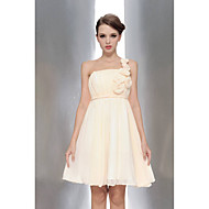 Knee-length Chiffon Bridesmaid Dress A-line One Shoulder / Strapless