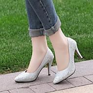 Magnifiques chaussures argentées talond=s hauts pailletées