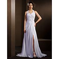 Lanting Bride® A-line Petite / Plus Sizes Wedding Dress Court Train Halter Chiffon