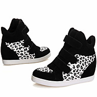 Women's Shoes Leatherette Flat Heel Round Toe Fashion Sneakers Outdoor/Casual Black/Red/Beige