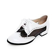 Women's Shoes  Low Heel Ankle Strap / Round Toe / Closed Toe Oxfords Office & Career / Dress / CasualBlack / White