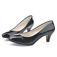 Lodičky - Lakovaná kůže - Podpatky / Pohodlné - Dámská obuv - Černá / Červená / Bílá / Béžová - Kancelář / Běžné - Nízký podpatek