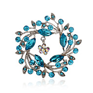 Alloy/Rhinestone Brooch/Fashion Hollow Flower Brooch/Casual/Party/Daily 1PC