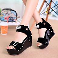 Women's Shoes Suede Rivet Buckle Wedge Heel Peep Toe / Platform / Comfort Sandals Dress / Casual Black