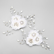 Women's / Flower Girl's Rhinestone / Alloy / Chiffon Headpiece-Wedding / Special Occasion Flowers 2 Pieces White Round