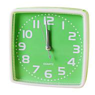 שעון אילם פלסטיק אזעקת חידוש בצורה חמוד (צבע אקראי)