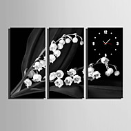 E-HOME® Small White Flowers Clock in Canvas 3pcs