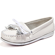 Women's Flats Spring / Summer/Fall/Winter Moccasin Nappa Leather Office & Career / Casual Flat Heel Tassel White
