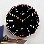 Modern/Contemporary Family Wall ClockRound Iron 14 inch Indoor Clock