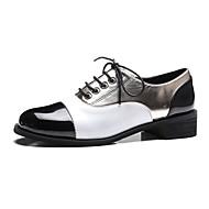 Naiset Oxford-kengät Comfort PU Kevät Kesä Kausaliteetti Puku Comfort Leveä korko Block Heel Valkoinen Pinkki Alle 1in