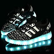 Jungen Sneaker Komfort Lauflern Leuchtende LED-Schuhe Tüll Frühling Sommer Herbst Sportlich Normal LED Niedriger AbsatzSchwarz Blau Rosa