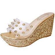 Γυναικείο Παντόφλες & flip-flops PU Καλοκαίρι Περπάτημα Χάντρες Ενιαίο Τακούνι Χρυσό Ασημί 5εκ - 7εκ