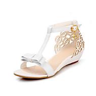 Naiset Kengät PU Kesä Comfort Sandaalit Kanssa Käyttötarkoitus Kausaliteetti Valkoinen Pinkki Manteli