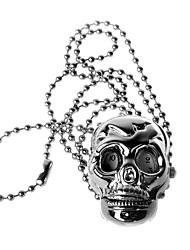 montre collier de charme (crâne)