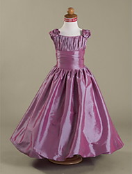 A-line / Princess Floor-length Flower Girl Dress - Taffeta Sleeveless Square with Draping / Flower(s) / Ruching