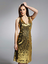 Cocktail Party/Holiday Dress - Gold Plus Sizes Sheath/Column V-neck Knee-length Sequined