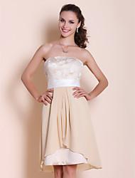 Knee-length Chiffon/Satin/Lace Bridesmaid Dress - Champagne Plus Sizes A-line/Princess Strapless