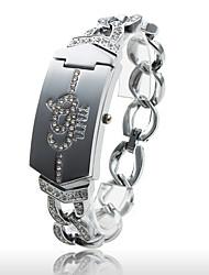femmes à la mode de montre bracelet à quartz pc avec une bande en alliage argentées