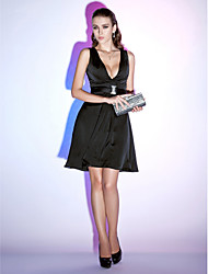 Cocktail Party / Holiday Dress - Black Plus Sizes / Petite A-line / Princess V-neck Short/Mini Chiffon