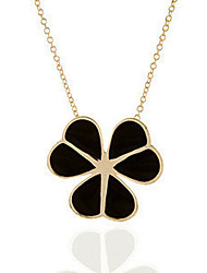 Lucky Leaves Pendant Necklace