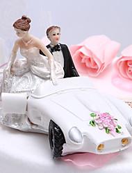 Cake Toppers Bride & Groom In Getaway Car Cake Topper