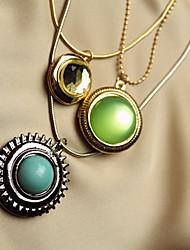três camadas colar de gemstone