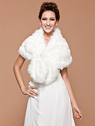 Wedding  Wraps / Fur Wraps Shrugs Sleeveless Faux Fur Ivory Wedding / Party/Evening Beading Clasp
