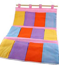 saco de 12 compartimentos colorido pendurado