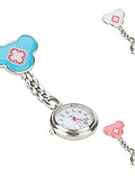 a cruz de relógio das mulheres bolso liga de quartzo analógico (cores sortidas)