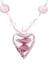Thread Pattern Heart Shape a String of Beads Necklace