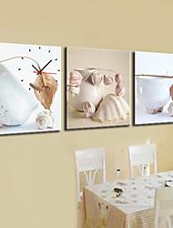 Modern Style Dinnerware Wall Clock in Canvas 3pcs