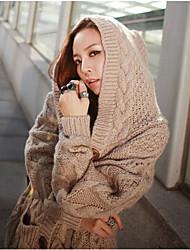 Frauen mit Kapuze Strickjacke mit Zopfmuster