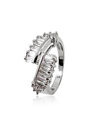 Belle alliage de platine plaqué cubic zirconia ring