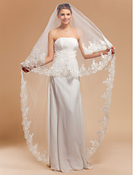 One-tier Chapel Wedding Veils With Lace Applique/Finished Edge