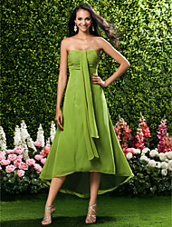 Tea-length / Asymmetrical Chiffon Bridesmaid Dress Sheath / Column Strapless / Sweetheart Plus Size / Petite with Ruching